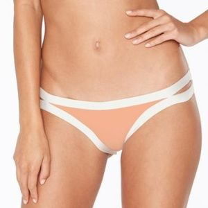 NWT!! Charlie bottom in peach